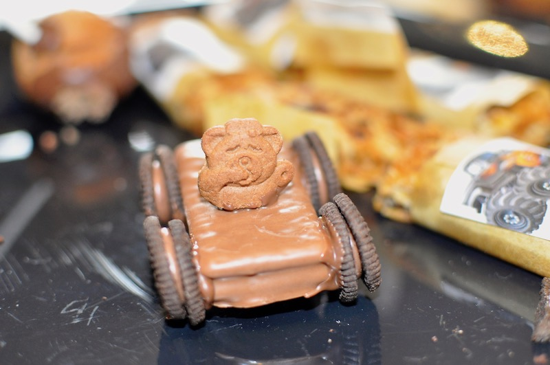 TimTam Cars with a teddy onto
