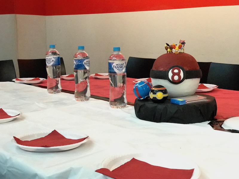 Pokemon party table decorations