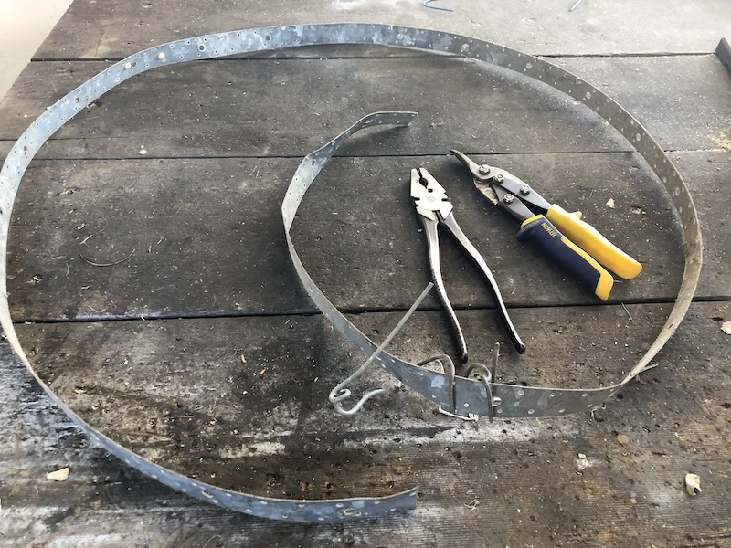 The tools you will need to make your own wreath